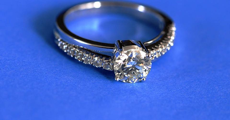 Diamond Engagement Rings Is Best